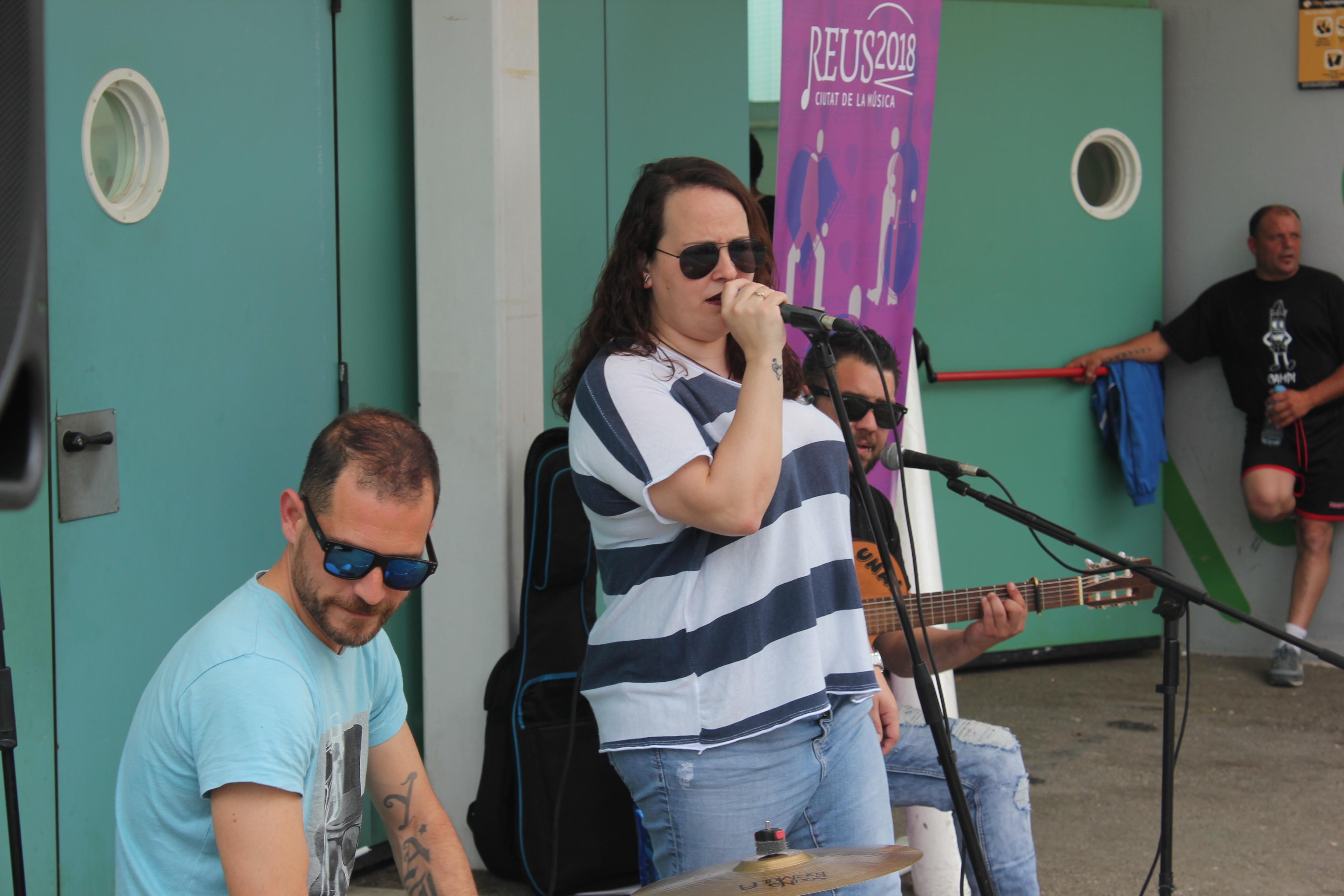 CICLE MÚSICA ALS BARRIS - Rumba amb La Klave al barri del Carme